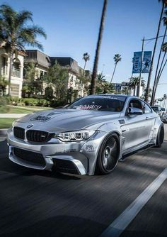 BMW F82 M4 silver widebody