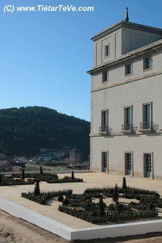 Exterior del Palacio Real del Infante don Luis de Borbón y Farnesio o Palacio de la Mosquera de Arenas de San Pedro. #valledeltietar