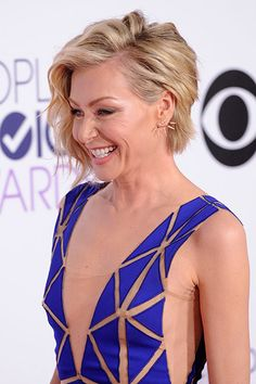 Portia de Rossi at 2015 People's Choice Awards.