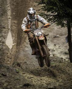Erzberg Rodeo 2013 – Red Bull's S Playhouse for Motorcycles Motocross Love, Enduro Motocross, Motorcycle Dirt Bike, Moto Bike, Motorcycle Outfit, Motorcycle Quotes, Ktm Dirt Bikes, Cool Dirt Bikes, Dirt Biking