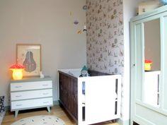 Cubbyhole blog - Dino Pink Green Wallpaper
