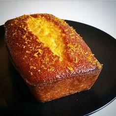 Gâteau à l'orange de la Mère Blanc Copyright Gratinez Desserts With Biscuits, Köstliche Desserts, Sweet Recipes, Cake Recipes, Dessert Recipes, Bolo Grande, Gateau Cake, Orange Dessert, Masterchef