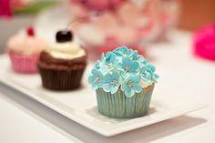 Die 49 Besten Bilder Von Cuperella Cupcake Cafe Pies Wedding Cake