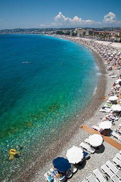 Promenade des Anglais, en la ciudad de Niza, costa de La Riviera Francesa