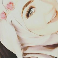 images about la mode hlel. on We Heart It Hijabi Girl, Girl Hijab, Hijab Outfit, Niqab Fashion, Muslim Fashion, Stylish Girls Photos, Girl Photos, Girls In Love, Cute Girls