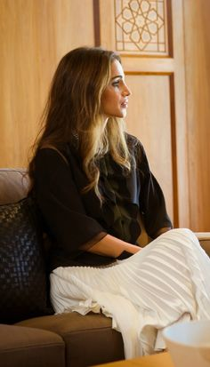 Queen Rania- Beauty. Something is just so impeccable about her.