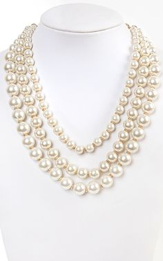 3 layered pearl necklace! So classic!    MakeMeChic.com