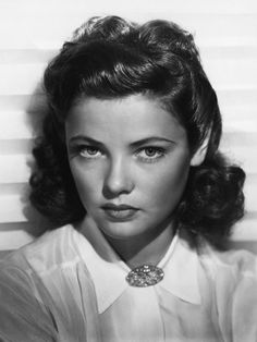 A beautiful photo of a young Gene Tierney.