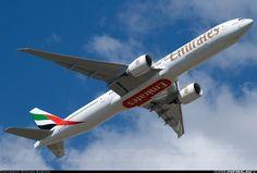 Emirates A6-ECU Boeing 777-31H/ER aircraft picture