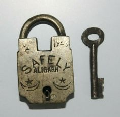 Knobs And Knockers, Padlocks, Brass, Personalized Items, Antiques, Keys, Cute, Ebay, Vintage