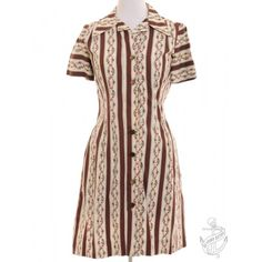 Vintage Short Sleeved Dress Cream With A Revere Front