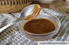 Easy Recipe for Peanut Dipping Sauce for Vietnamese Spring Rolls. Check it  http://fullthymestudent.com/peanut-dipping-sauce/