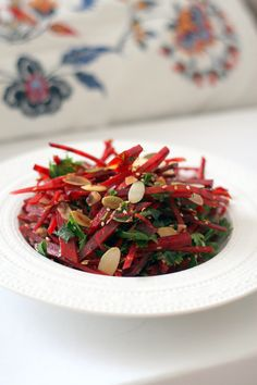 Chez Mazilique: Salata de sfecla cu ierburi aromatice si seminte