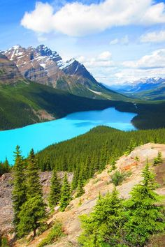 Banff National Park: 4 Natural Wonders that will blow your mind away – Trip Memos Banff National Park: 4 Natural Wonders that will blow your mind away Lake Peyto – Banff National Park: 4 Natural Wonders that will blow your mind away Beautiful Nature Pictures, Amazing Nature, Beautiful World, Beautiful Landscapes, Beautiful Places, Landscape Photos, Landscape Photography, Nature Photography, Scenic Photography