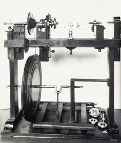 A vintage Rose Engine with a front rocking mandrel. Now located int the British Science Museum. jS This Rose engine is of a type that was used in the late 1500s to the early 1600s. And was probably used to create the Coburg Ivories.--AC