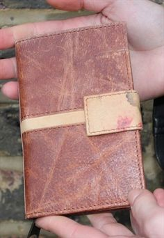 Wallet with coin, card and note compartments, tan & floral