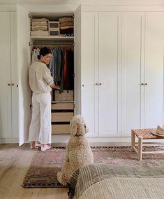 Bedroom Closet Design, Bedroom Wardrobe, Wardrobe Design, Closet Designs, Home Bedroom, Wardrobe Wall, Bedrooms, Bedroom Storage, Wall Of Closets