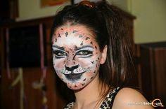 carnival facepainting Special Effects, Carnival, Halloween Face Makeup, Make Up, Artist, Carnavals, Artists, Makeup, Beauty Makeup