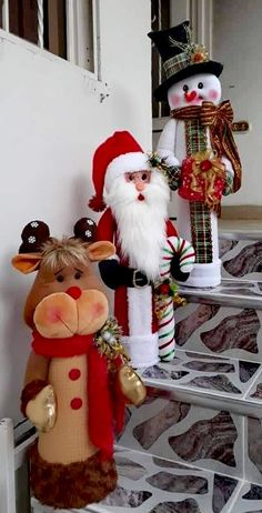 Christmas Pictures, Christmas Diy, Xmas Decorations, Gnomes, Snowman, Santa, Dolls, Crochet, Outdoor Decor