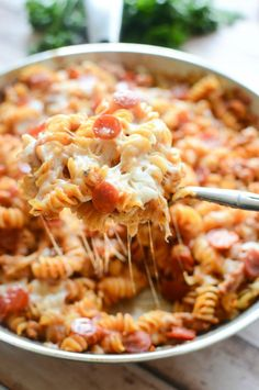 One Pan Pizza Pasta - cheesy pasta with sausage and pepperoni! Ready in about 20 minutes! #onepanpronto #ad #recipe #dinner #meal