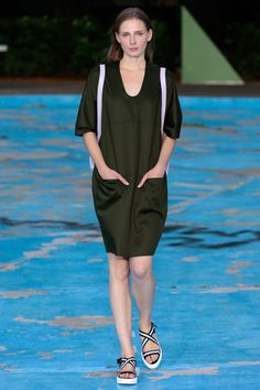 Perret Schaad Berlin Spring 2016 - Collection - Gallery - Style.com
