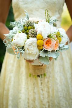 LOVE these flowers from Poppy Lane Design and FABULOUS photo from HolliB!