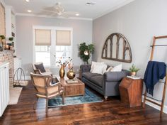 Sitting area idea from Fixer Upper. http://www.hgtv.com/shows/fixer-upper/1905-craftsman-fixer-upper-for-two-fearless-newlyweds-pictures
