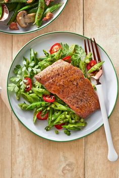 Farm fresh recipe for gingery snap pea slaw with seared salmon.