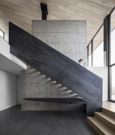 Villa Vingt by Bourgeois/Lechasseur Architects in Quebec Canada, 2017.⠀ .⠀ Photo by Adrien William⠀ .⠀ #concrete #art #arch #architecture #design #house #quebec #canada #stairs #stairporn