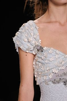 Badgley Mischka at New York Fashion Week Spring 2013 - Details Runway Photos Special Dresses, Special Occasion Dresses, Couture Beading, Fashion Details, Fashion Design, Badgley Mischka, Beautiful Outfits, Lovely Dresses, Dream Dress