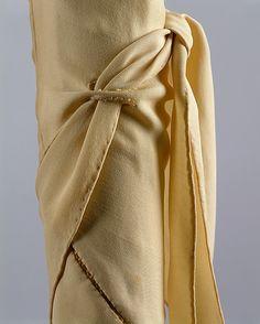 Madeleine Vionnet 1920 dress sleeve