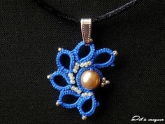 Great blog with lots of tatting