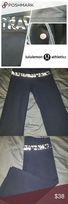 Sz 8 Lululemon Sing Floss Travel Crop Pants Gently loved and in good condition.  Still much more wear left in them.  The decal print has some peeling but the print is abstract so it's hard to tell. Pants have no pilling, rips, or damage that I can see. Seams are intact.  Sing Floss Travel Crop Product Info:  •French terry is soft and breathable with stretch so it holds its shape •Medium rise and slim fit crop •Pockets for storage of $ & keys •Elastic waistband is comfortable and keeps pant…