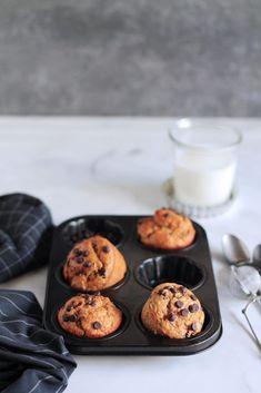 Υγιεινά μάφινς με μπανάνα | The one with all the tastes Muffins, The One, Food And Drink, Cookies, Breakfast, Desserts, Food Ideas, Gastronomia, Crack Crackers