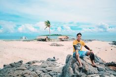 Gigantes Islands or Islas De Gigantes Budget, Travel Guide, Itinerary And Everything else you need to know before your travel to this slowly on the rise paradise. Budget Travel, Travel Guide, Islands, Traveling By Yourself, Jewel, Budgeting, Travel Guide Books, Gem, Jewels