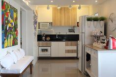 Projeto de Cris Paola no site Casa de Valentina #studiocrispaola #cozinha #espaçospequenos