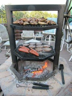 Are you looking for a nice outdoor cooking idea for your backyard? Why not build a fire pit grill! There are many great reasons to build a fire pit grill. Fire Pit Grill, Diy Fire Pit, Bbq Grill, Fire Pits, Grilling Corn, Grilling Ideas, Grill Grates, Barbecue Sauce, Parrilla Exterior