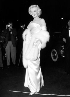 """ Marilyn Monroe at the premiere of Call Me Madam, 1953. """