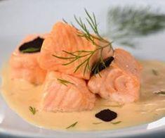 El salmón es el pescado por excelencia de las navidades y por otro lado, el cava es la bebida. Por eso vamos a juntar ambas en un plato sumamente delicioso