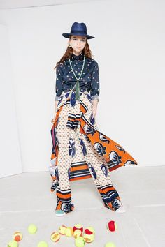 Stella Jean Resort 2017 Fashion Show Collection: See the complete Stella Jean Resort 2017 collection. Look 6 Stella Jean, African Inspired Fashion, Africa Fashion, Fashion 2017, Fashion Show, Fashion Design, Gypsy Style, My Style, Vogue