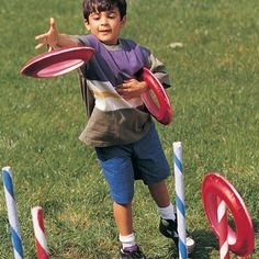 Ring Toss Tons of outdoor game ideas Summer Bash, Summer Games, Summer Fun, Summer Activities, Medieval Games, Medieval Party, Picnic Games, Camping Games, Fun Games