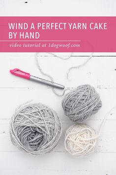 A mess of yarn and no yarn winder? See how you can wind a perfectly shaped yarn cake by hand. You only need 1 simple tool. Video tutorial at . Crochet Tools, Crochet Yarn, Crochet Projects, Free Crochet, Crochet Stitches, Beginner Crochet Tutorial, Crochet Patterns For Beginners, Crochet Tutorials, Crochet Ideas