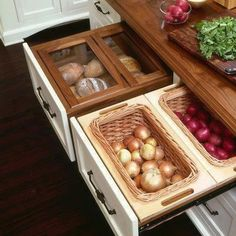Kitchen Drawer Storage!