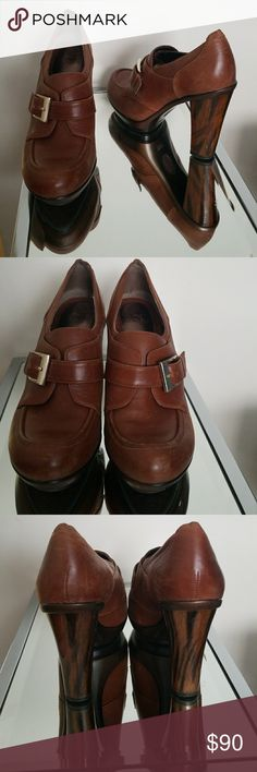 Brown leather heels by Sofft Gently used tobacco colored heels with original box Sofft Shoes Heels