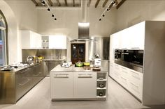 U Shaped Modular Kitchen designs provide an unique style, elegance, and versatility to the Kitchen. This modular kitchen category is so special that it can easily be fitted into both small and large spaces of the kitchen.