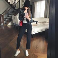 13.1k Followers, 679 Following, 978 Posts - See Instagram photos and videos from Valeria Lipovetsky (@valerialipovetsky)