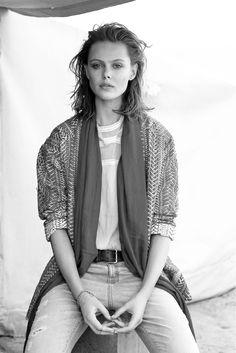 """senyahearts: """"Frida Gustavsson by Benjamin Vnuk in """"Desert Dream"""" for Glamour France, May 2015 """""""