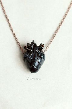 Heart pendant. Picture only.