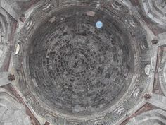 http://ilovedelhi.blogspot.in/2011/10/purana-quila-or-old-fort.html