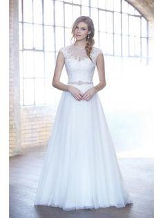 Vlečka na zem Tyl Jaro Svatební šaty 2015